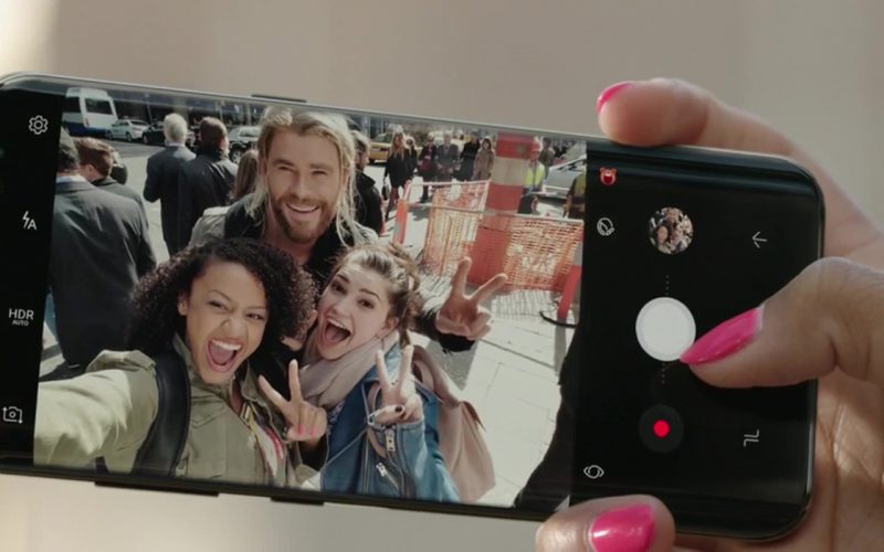 Samsung Galaxy S8 Plus Android Smartphone in Thor Ragnarok (2)