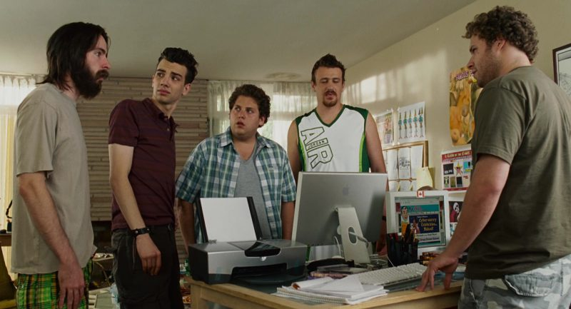Air Jordan T-Shirt Worn by by Jason Segel and Apple Monitor in Knocked Up (2007) Movie Product Placement