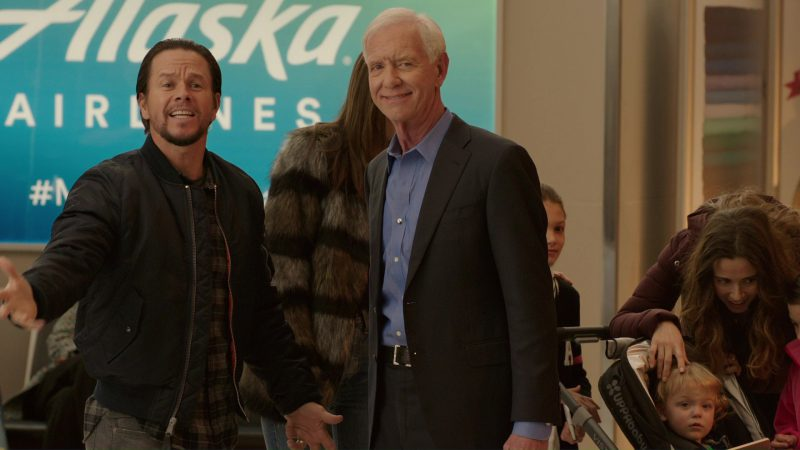 Alaska Airlines in Daddy's Home 2 (2017) Movie Product Placement