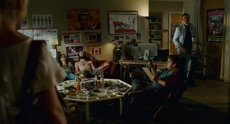 Apple Monitors (Thunderbolt Displays) in Knocked Up (2007) Movie Product Placement