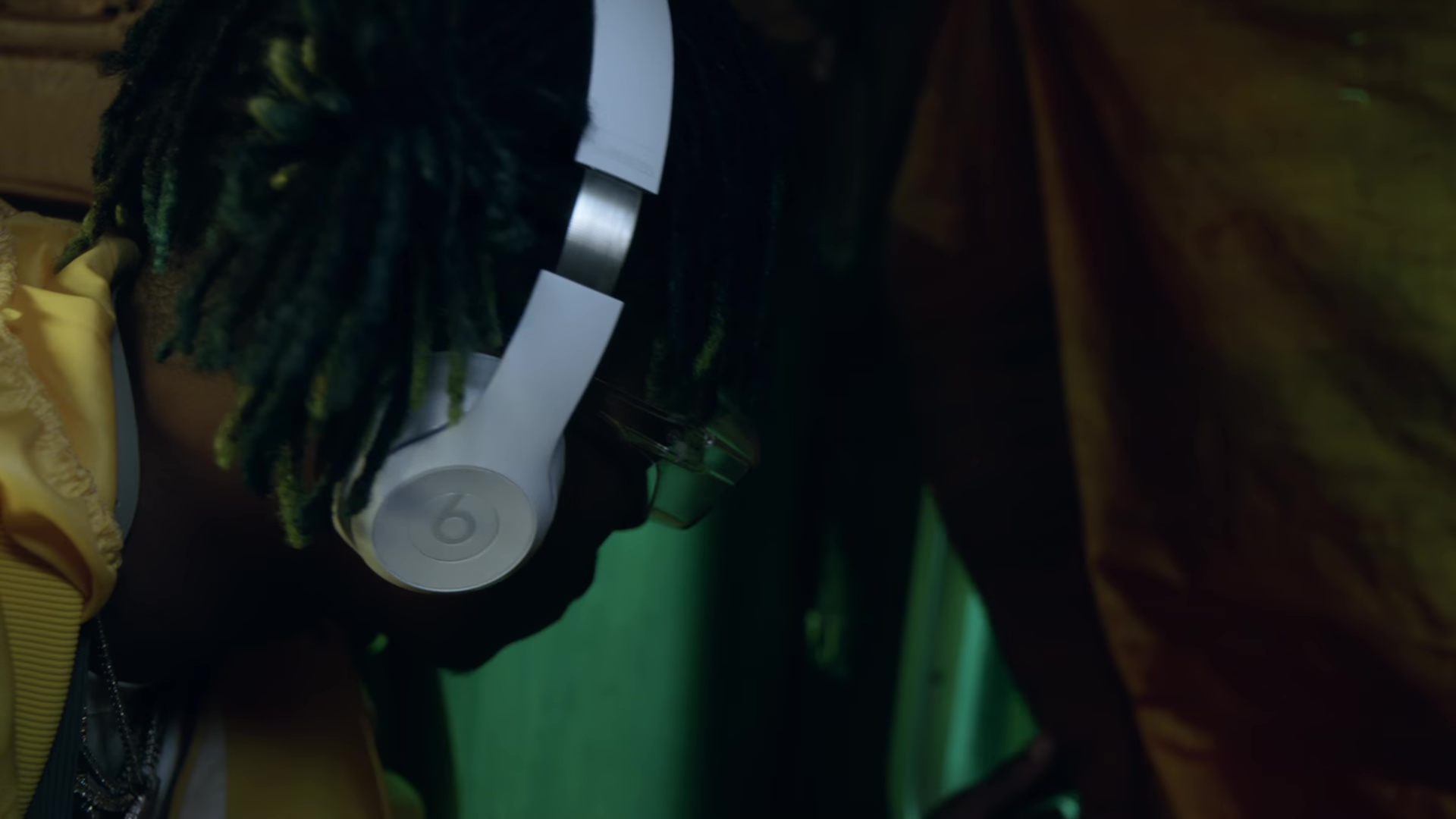 Beats White Wireless Headphones Used By Rich The Kid In Plug Walk 2018