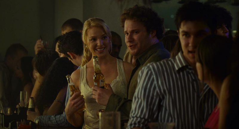 Corona Beer (Katherine Heigl and Seth Rogen) in Knocked Up (2007) - Movie Product Placement