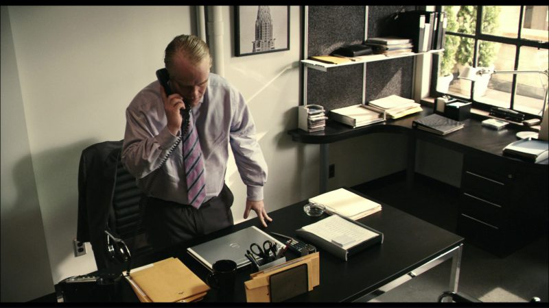 Dell Notebook Used by Philip Seymour Hoffman in Before the Devil Knows You're Dead (2007) Movie Product Placement