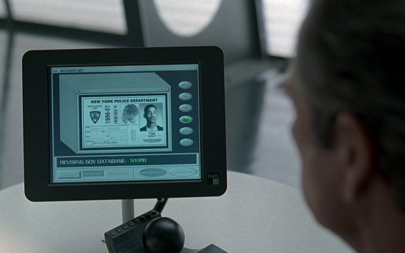 Dolch Monitors in Men in Black (1)
