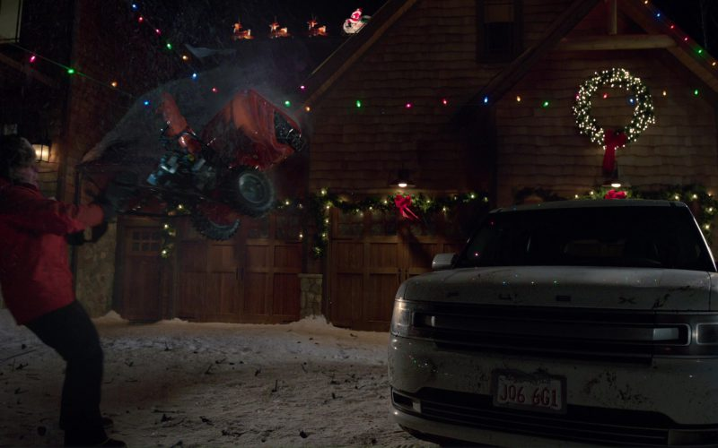 Ford Flex Car Used by Mark Wahlberg in Daddy's Home 2 (1)