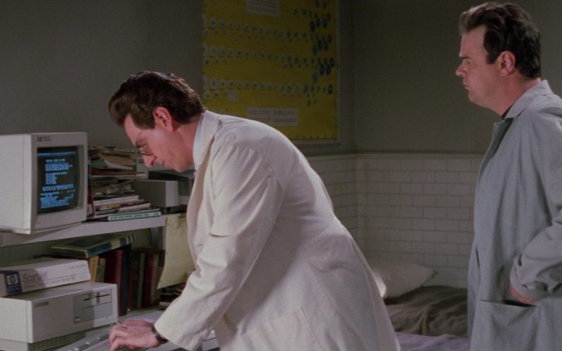 HP Monitor and Hewlett-Packard Scanjet Scanner in Ghostbusters 2 (1)