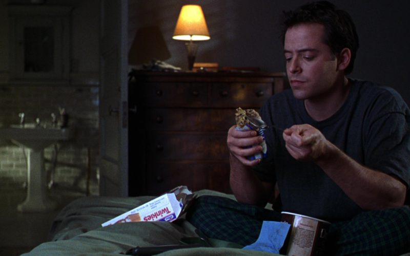 Hostess Twinkies and Matthew Broderick in The Cable Guy (1)