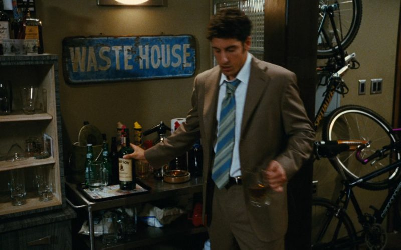 Jameson Irish Whiskey Bottle and Jason Biggs in My Best Friend's Girl (2008) Movie Product Placement