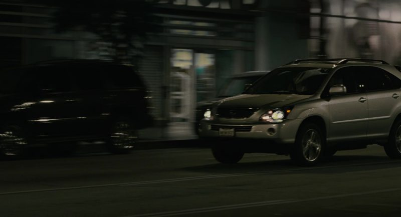 Lexus RX Car Used by Leslie Mann in Knocked Up (2007) - Movie Product Placement