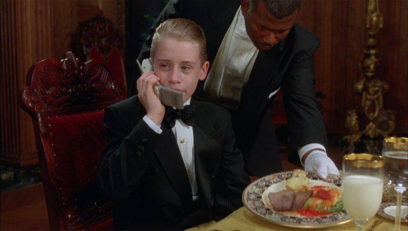 Motorola Phone used by Macaulay Culkin in Richie Rich (1994) - Movie Product Placement