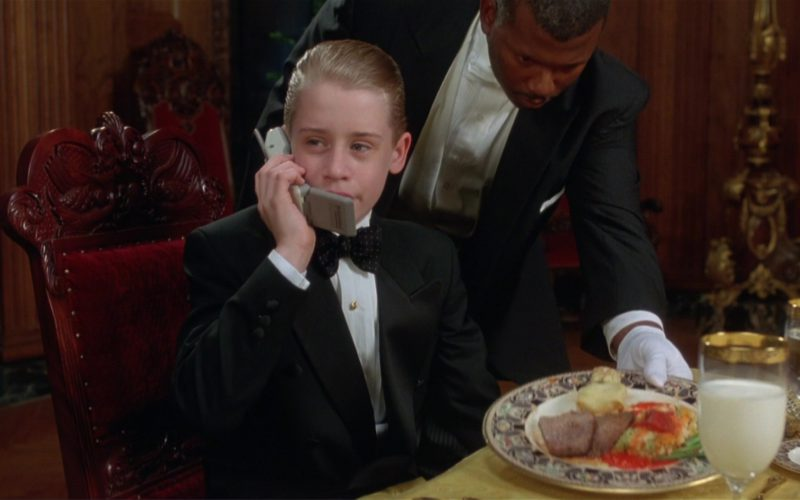 Motorola Phone used by Macaulay Culkin in Richie Rich (1)