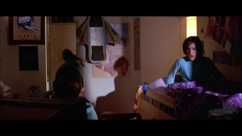new york giants poster in hackers 1995 movie scenes. Black Bedroom Furniture Sets. Home Design Ideas