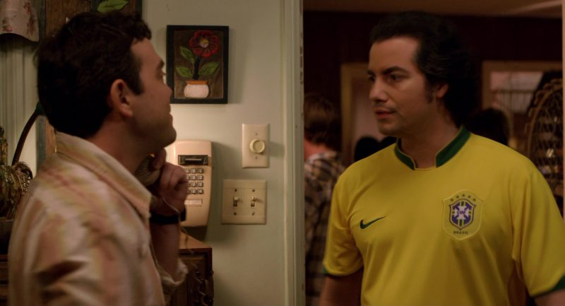 Nike Yellow T-Shirt Worn by Kevin Corrigan in Superbad (2007) Movie Product Placement