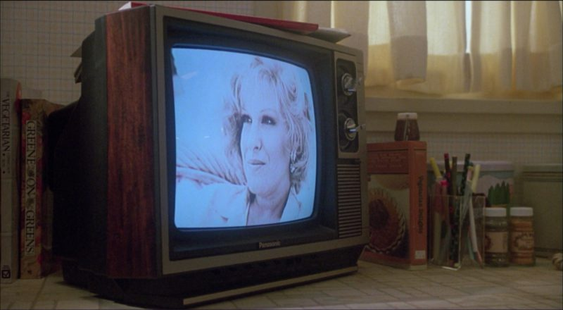Panasonic TV in Ruthless People (1986) Movie Product Placement