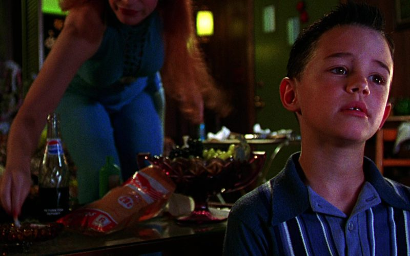 Pepsi Bottle in The Cable Guy (1)