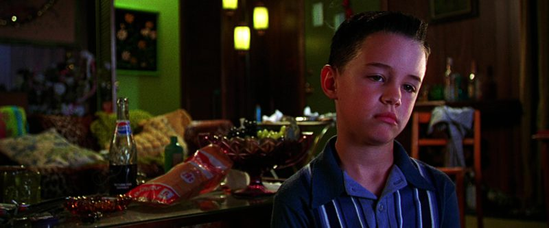 Pepsi Bottle in The Cable Guy (1996) Movie