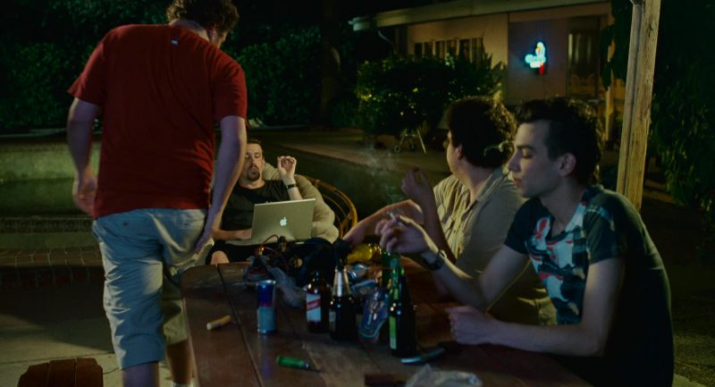 Red Bull, Red Stripe and Heineken Beer and Macbook Notebook Used by Jason Segel in Knocked Up (2007) - Movie Product Placement