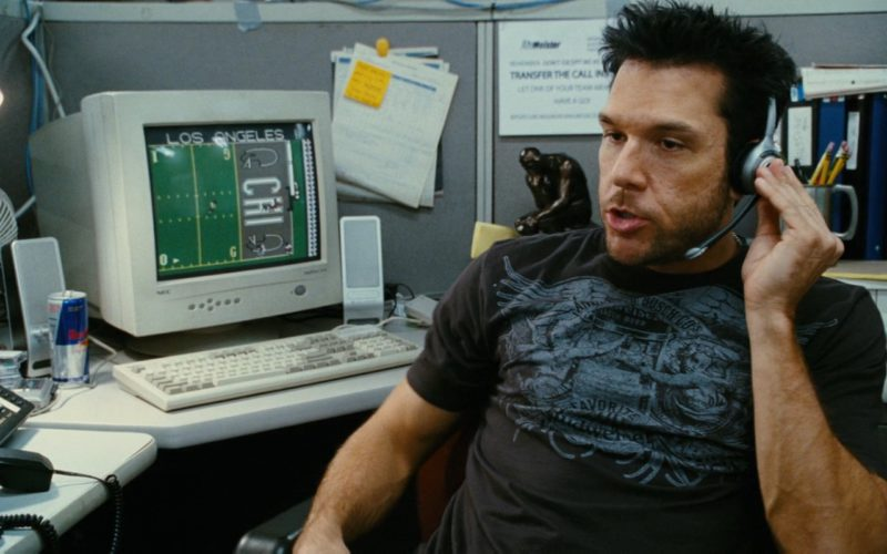 Red Bull and Nec Monitor Used by Dane Cook in My Best Friend's Girl (1)