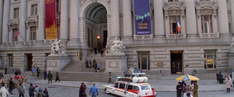 Sabrett Hot Dogs in Ghostbusters 2 (1989) - Movie Product Placement