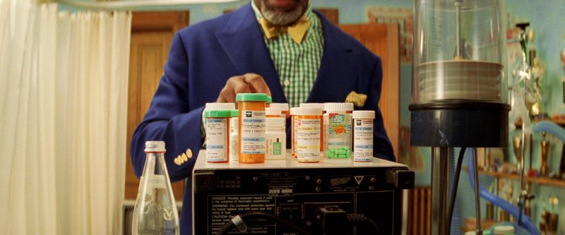Tic Tac in The Royal Tenenbaums (2001) - Movie Product Placement