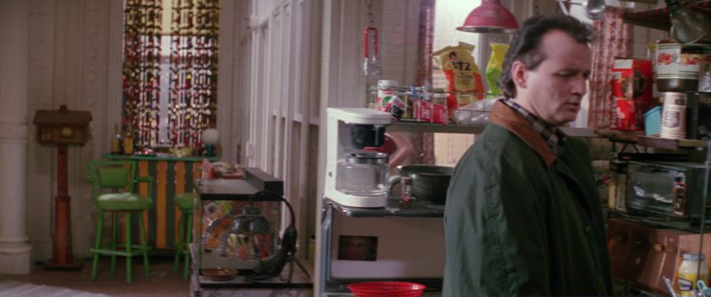 UTZ Chips and Hoffy in Ghostbusters 2 (1989) - Movie Product Placement