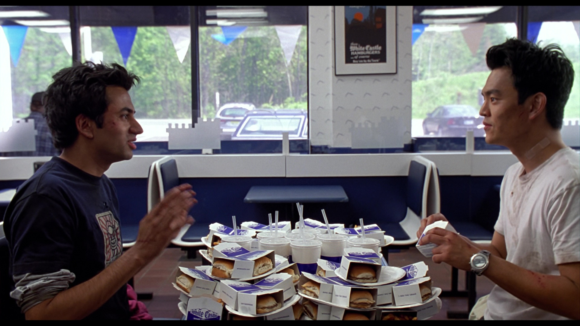 White Castle Restaurant In Harold Amp Kumar Go To White Castle 2004 Movie