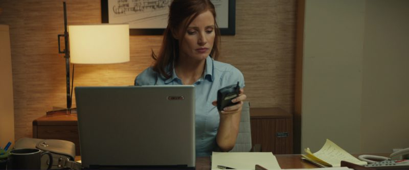 Acer Laptop And Blackberry Phone Used by Jessica Chastain in Molly's Game (2017) Movie Product Placement