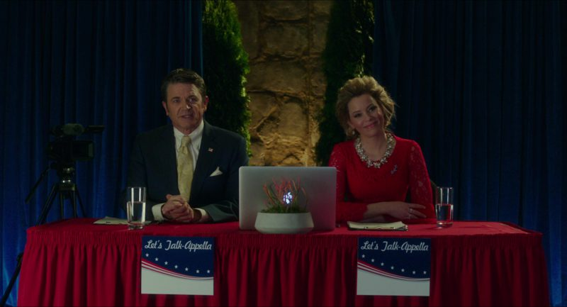 Apple MacBook Pro Laptop Used by Elizabeth Banks and John Michael Higgins in Pitch Perfect 3 (2017) - Movie Product Placement