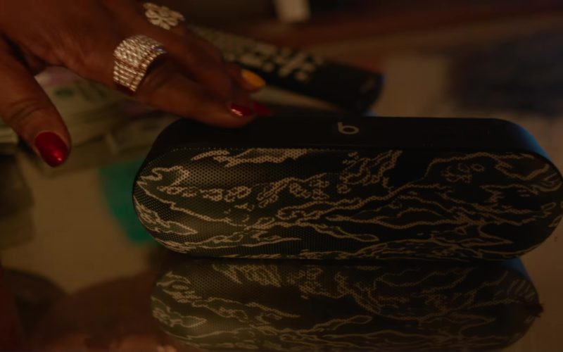 Beats Pill by Dre Portable Wireless Speaker in PROUD by 2 Chainz ft. YG, Offset (1)