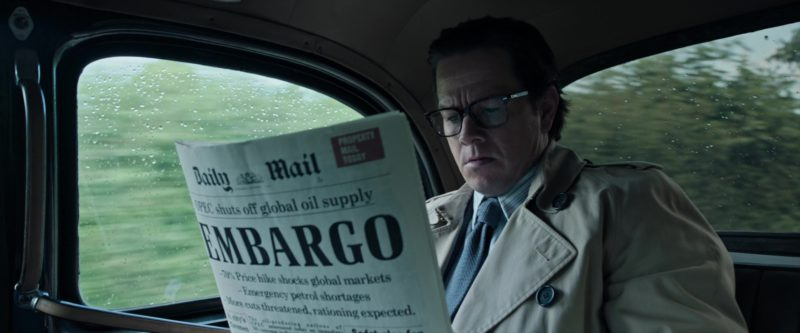 Daily Mail Newspaper Read by Mark Wahlberg in All the Money in the World (2017) Movie Product Placement