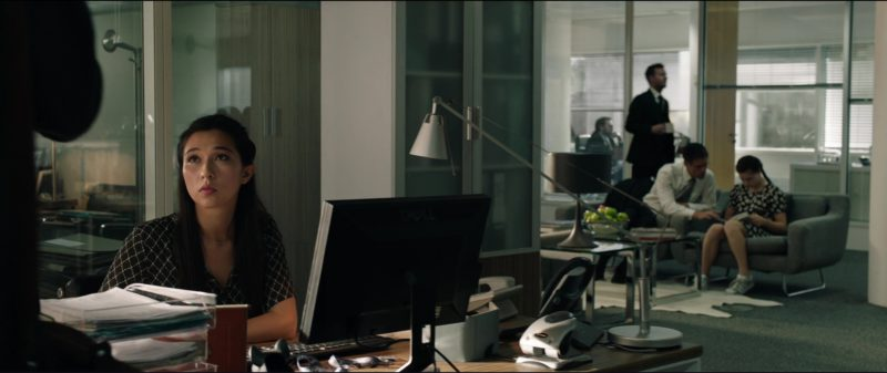 Dell Monitor in The Commuter (2018) Movie Product Placement