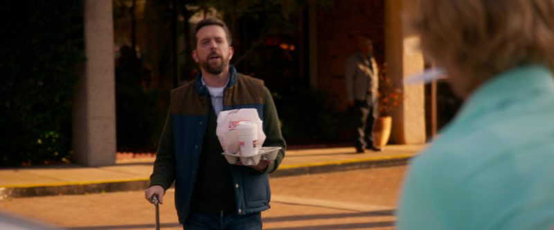 Dunkin' Donuts in Father Figures (2017) - Movie Product Placement