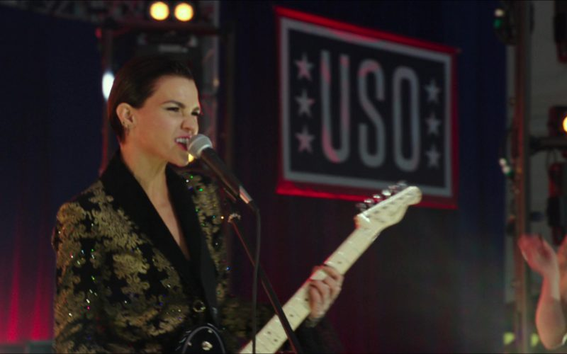 Fender Guitar Used by Ruby Rose in Pitch Perfect 3 (1)