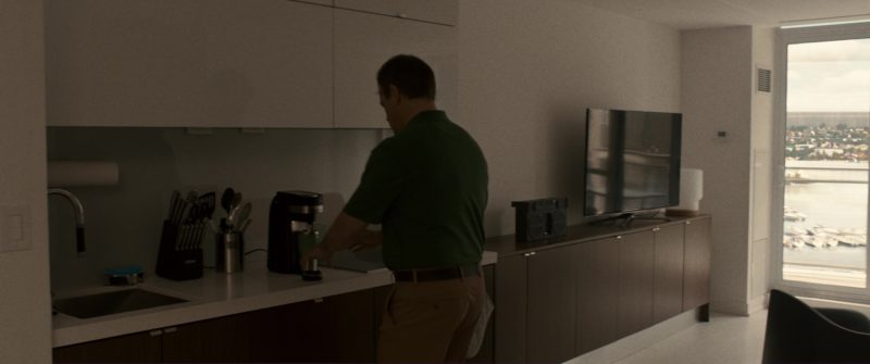 Hamilton Beach FlexBrew Coffee Maker Used by Matt Damon in Downsizing (2017) - Movie Product Placement