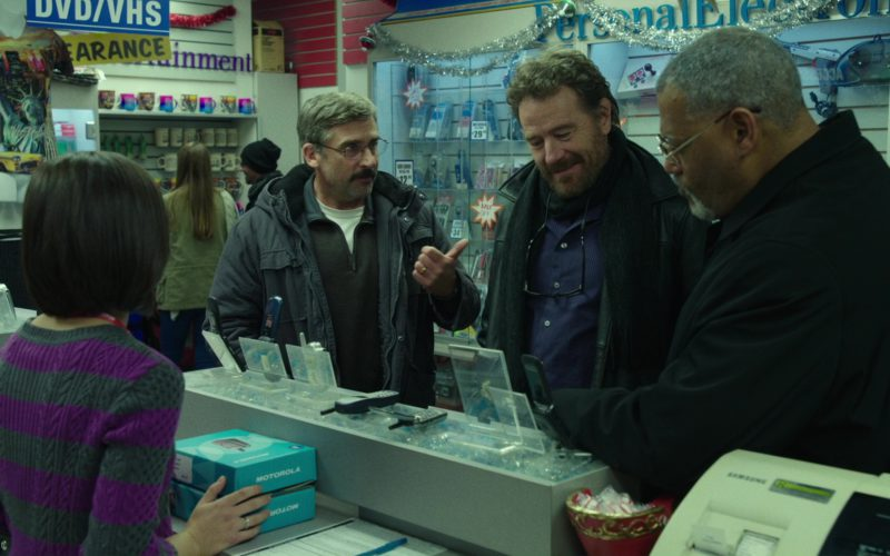 Motorola Phones in Last Flag Flying (1)