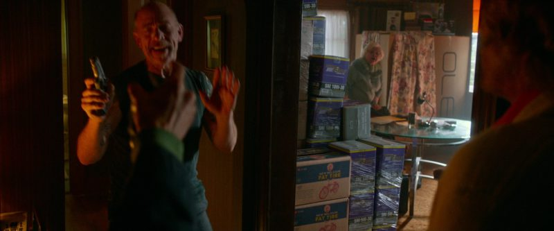 New Belgium Fat Tire and Royal Purple 5W-30 SAE in Father Figures (2017) - Movie Product Placement