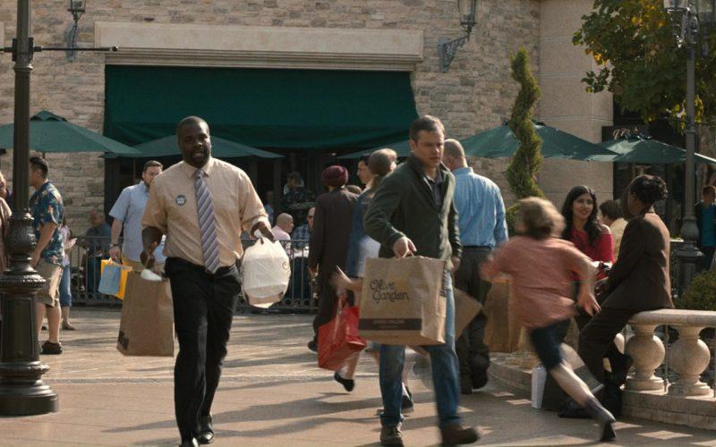 Olive Garden Restaurant Paper Bags Used by Matt Damon in Downsizing (1)