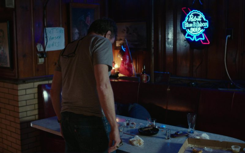 Pabst Blue Ribbon Beer Neon Sign in Last Flag Flying (1)