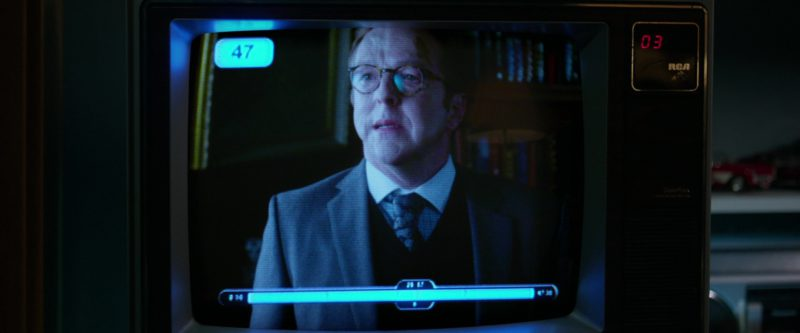 RCA Retro TV in Father Figures (2017) Movie Product Placement