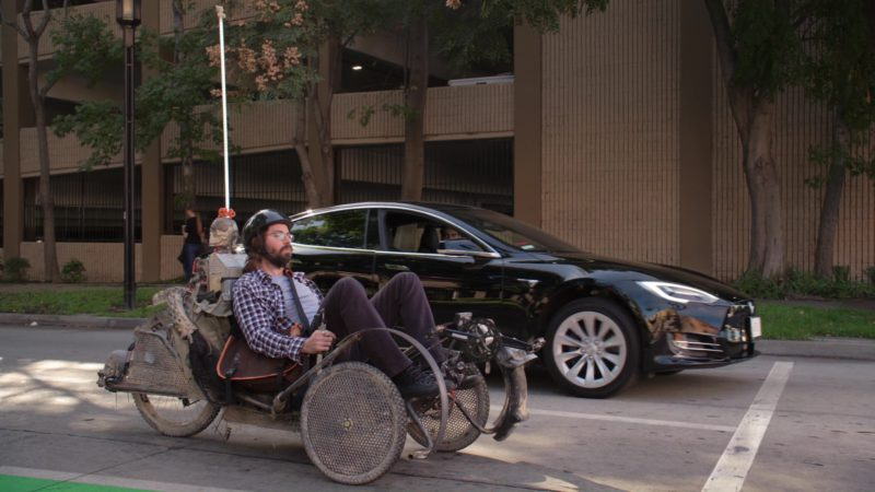 Tesla Model S Car Driven by Kumail Nanjiani (Dinesh) in Silicon Valley: Reorientation (2018) - TV Show Product Placement