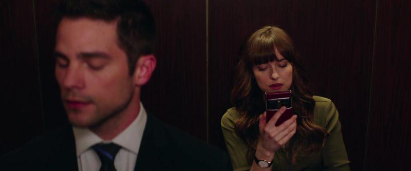 Seen In The Movie Vertu Phone Red Used By Dakota