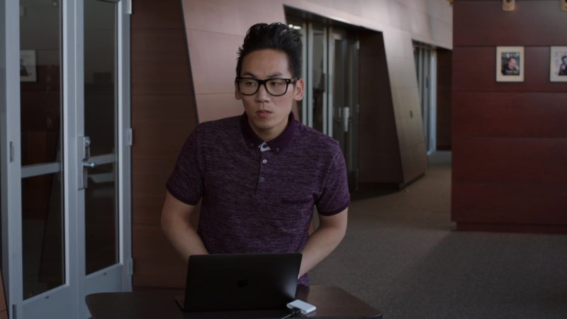 Apple MacBook in Silicon Valley: Initial Coin Offering (2018) TV Show Product Placement