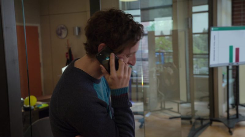 Apple iPhone Used by Thomas Middleditch in Silicon Valley: Fifty-One Percent (2018) - TV Show Product Placement