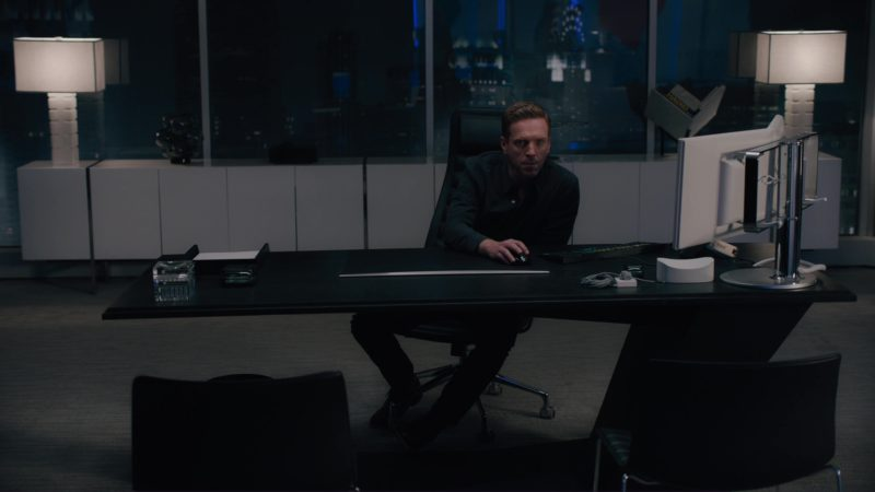 Bloomberg Terminals Used by Damian Lewis (Bobby Axelrod) in Billions: All the Wilburys (2018) TV Show Product Placement