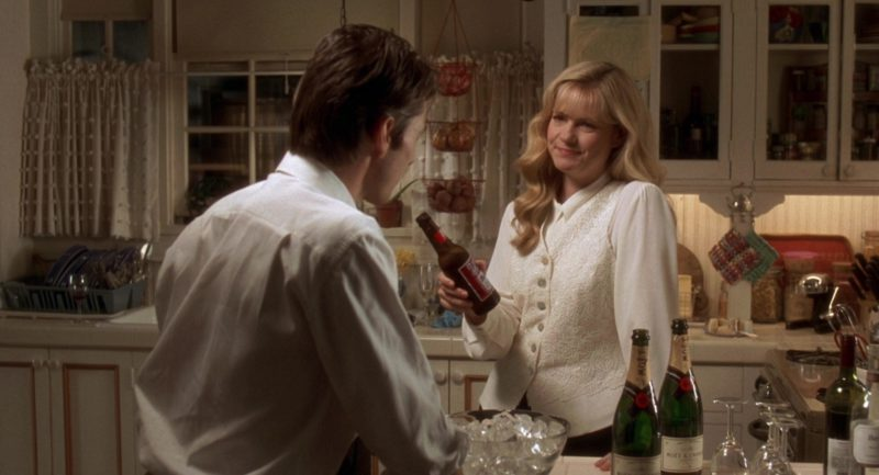 Budweiser Beer and Moët Champagne in Jerry Maguire (1996) - Movie Product Placement
