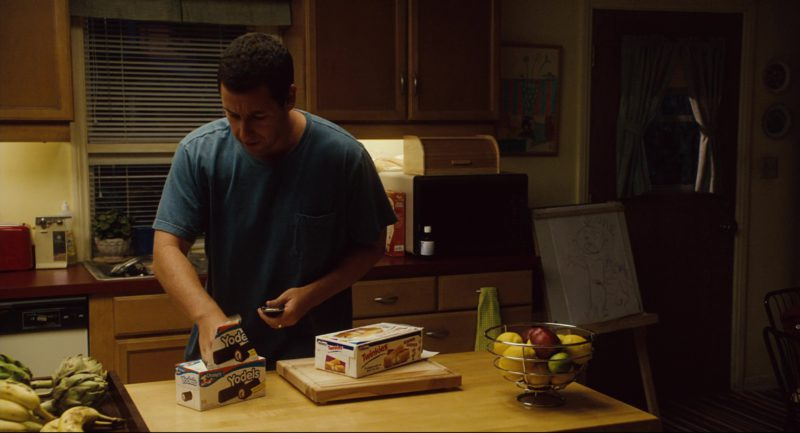 Drake's Yodels and Hostess Twinkies in Click (2006) Movie Product Placement