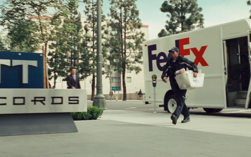 FedEx in Alvin and the Chipmunks (1)