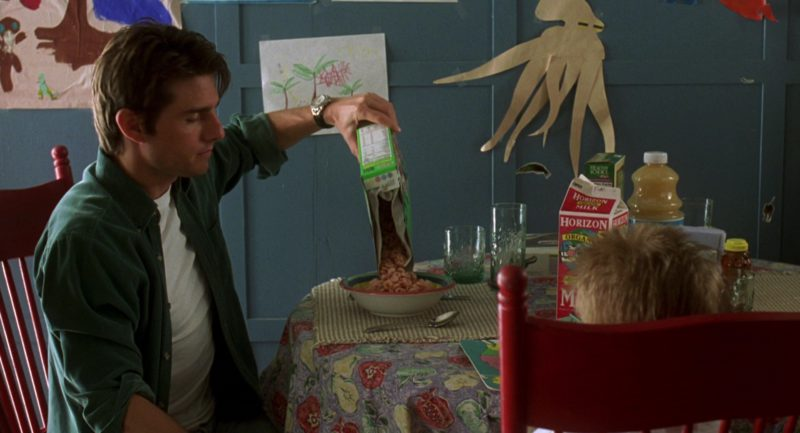 Horizon Organic Milk in Jerry Maguire (1996) - Movie Product Placement