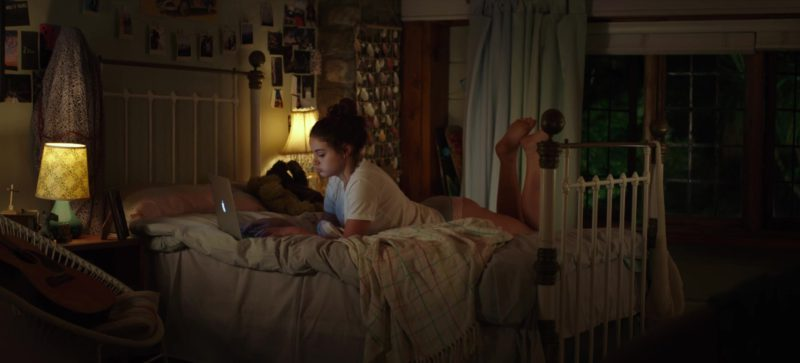Apple MacBook Laptop Used by Joey King in The Kissing Booth (2018) Movie Product Placement