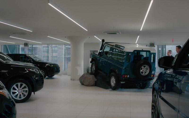 Land Rover (Range Rover) Dealership in Billions (1)